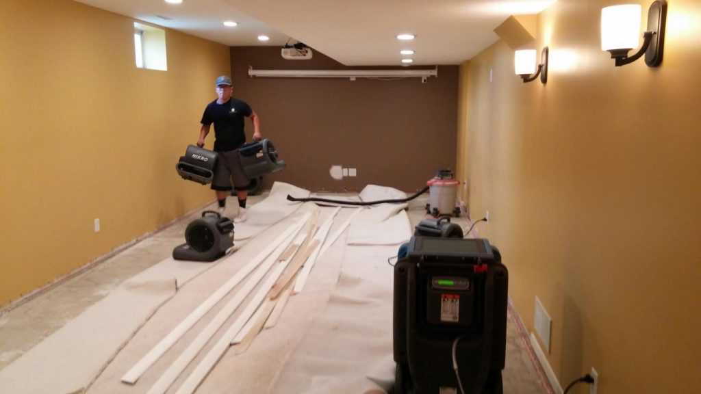 Dubuque IA water damage cleanup